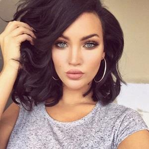 Natalie Halcro Biography