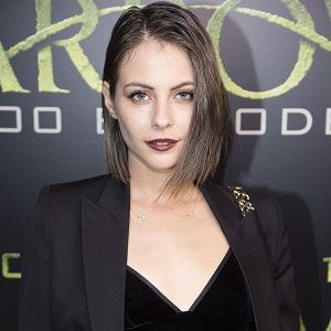 Willa Holland Biography