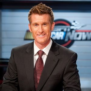 Marty Smith Biography